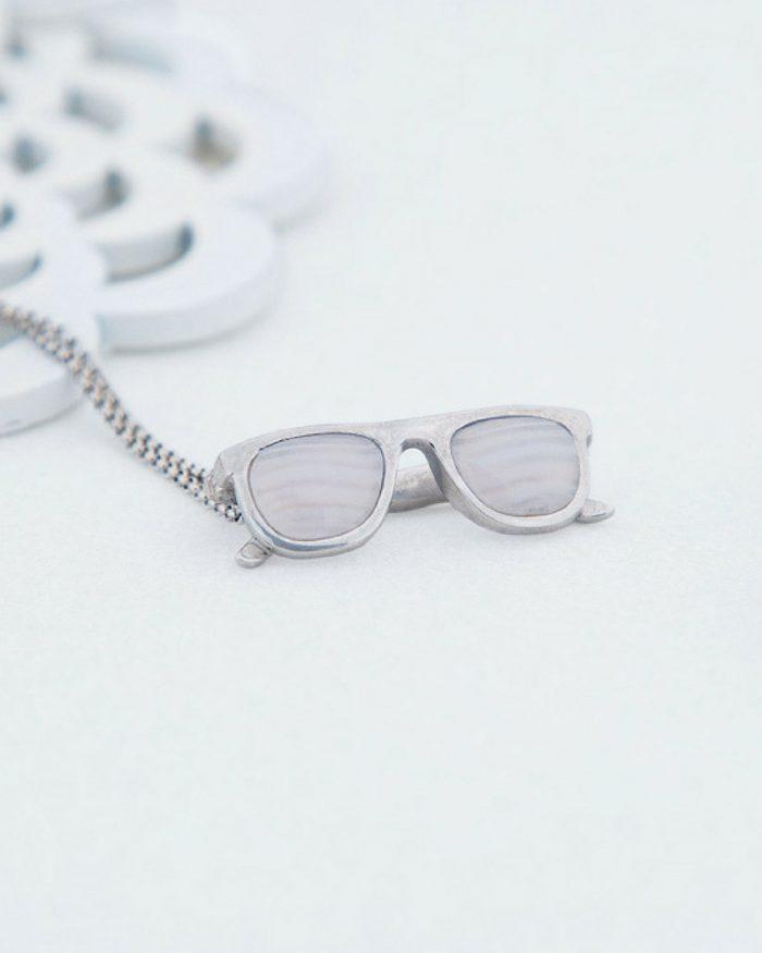 colgante de plata sostenible con calcedonia-colgante gafas-NEHCAA