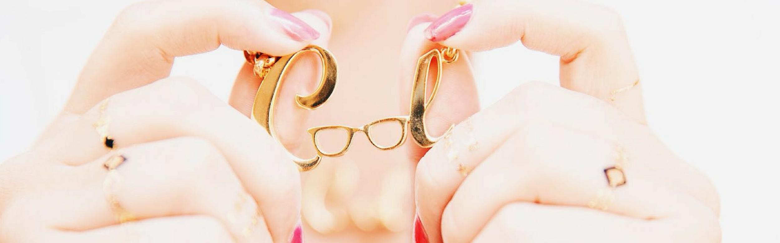 Cool by Alejandra Castello con NEHCAA Jewelry