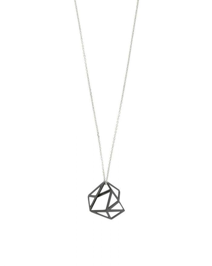 Colgante de Oro Negro Cayetana_Plata Sostenible_Detalles_NEHCAA Jewelry