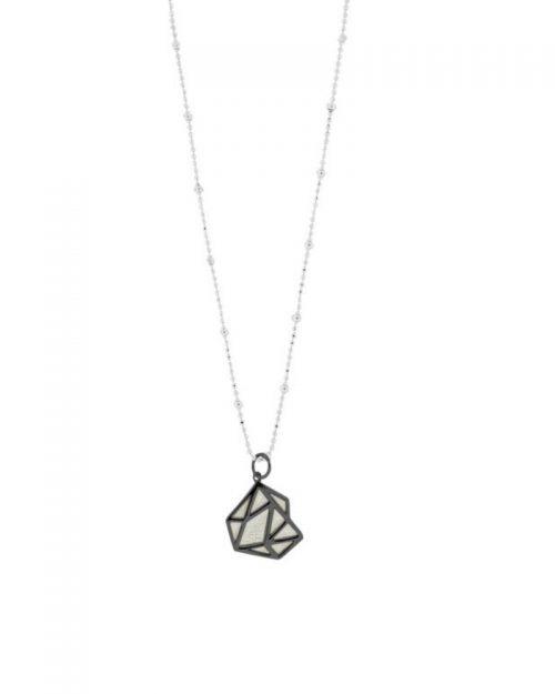 Colgante de oro negro Alejandra_NEHCAA Jewelry_detalles
