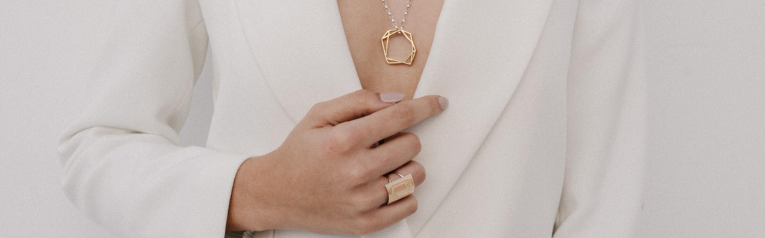 Joyas para mujeres_NEHCAA Jewelry_Plata Sostenible