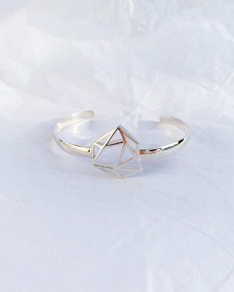 Brazalete-diamante-de-plata-sostenible-Fairmined_Patricia_LuzDeNehca