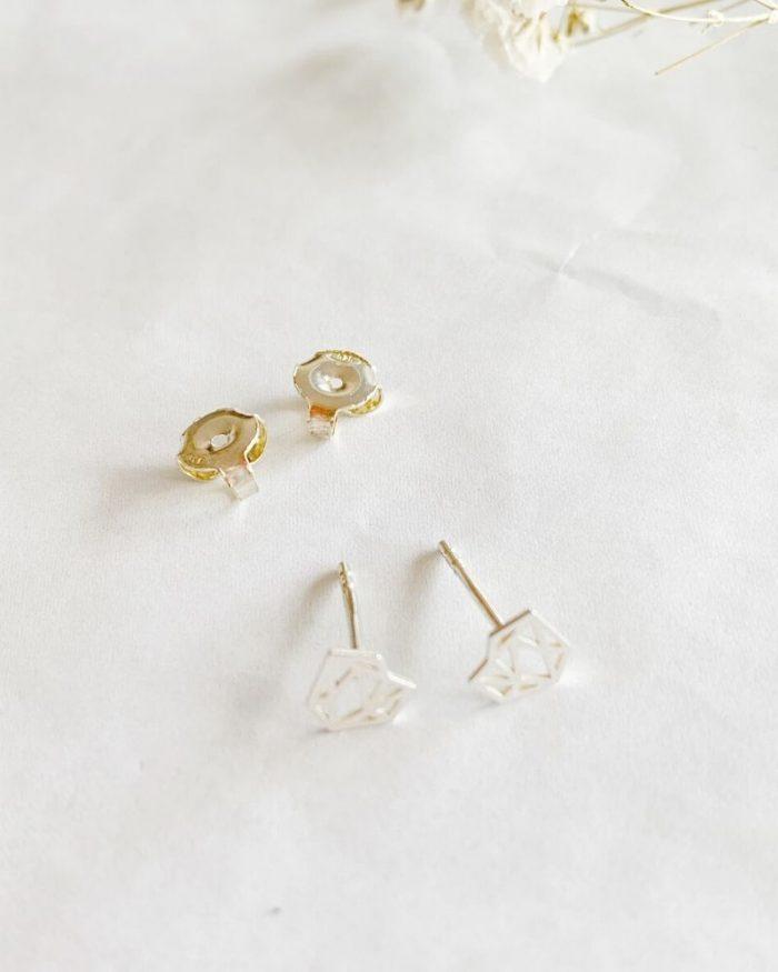 Pendientes-diamante-Valentina_Luz_de_Nehca