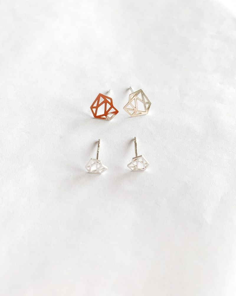Pendientes-diamante-Valentina_Luz_de_Nehca_Bodegon