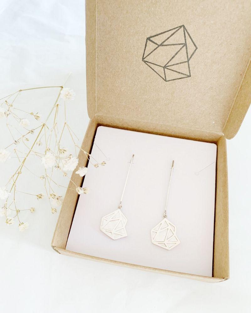 Pendientes_largos_Natalia_packaging_Luz_de_Nehca